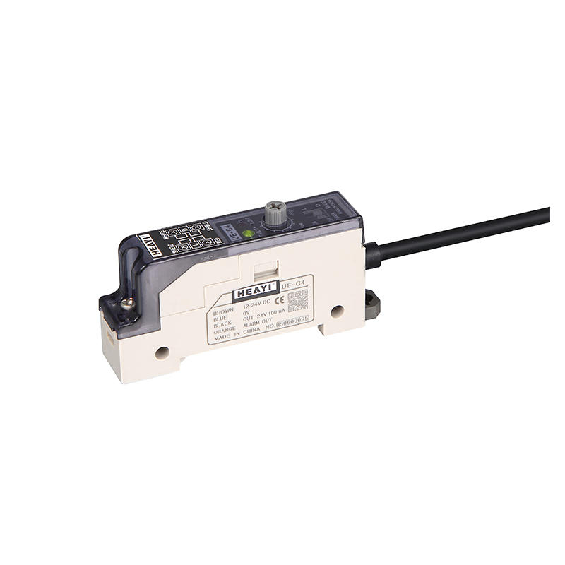Photoelectronic sensor amplifier UE-C4